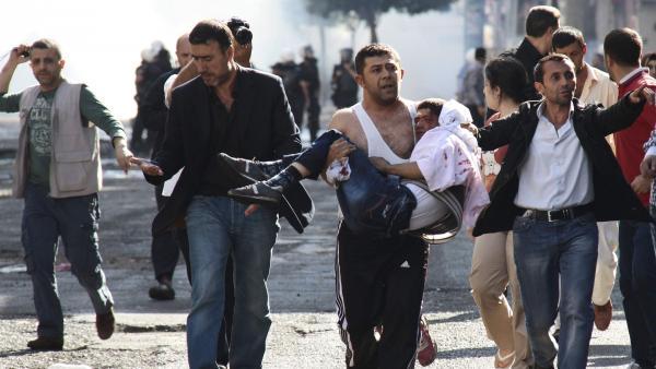 2014-10-09T042635Z_780426893_GM1EAA81ONG01_RTRMADP_3_MIDEAST-CRISIS-TURKEY-KURDS_0