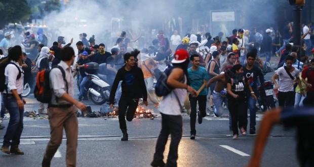 manifestation-vénézuela-620x330