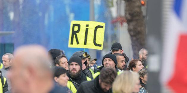 RIC : avancée démocratique ou arme à double tranchant ?
